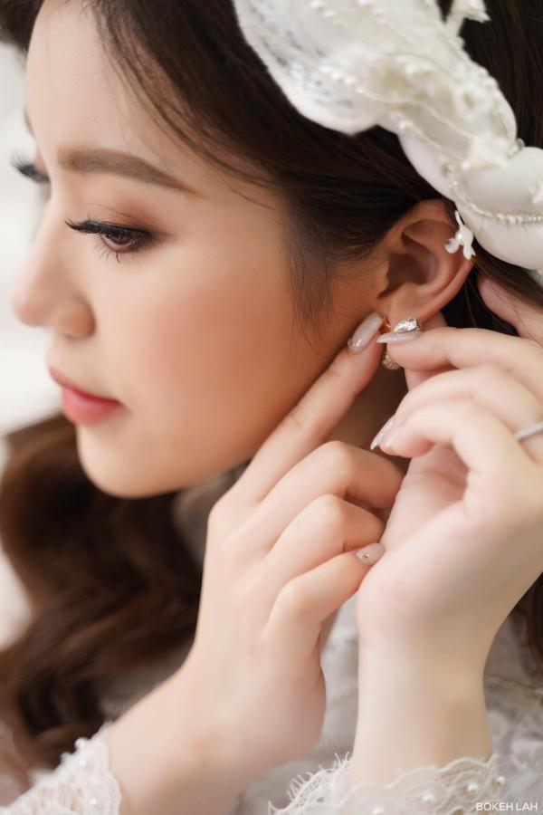 Rich kid Trinh Hoàng xinh như công chúa trong lễ ăn hỏi sang chảnh với chồng doanh nhân tại Hà Nội-3