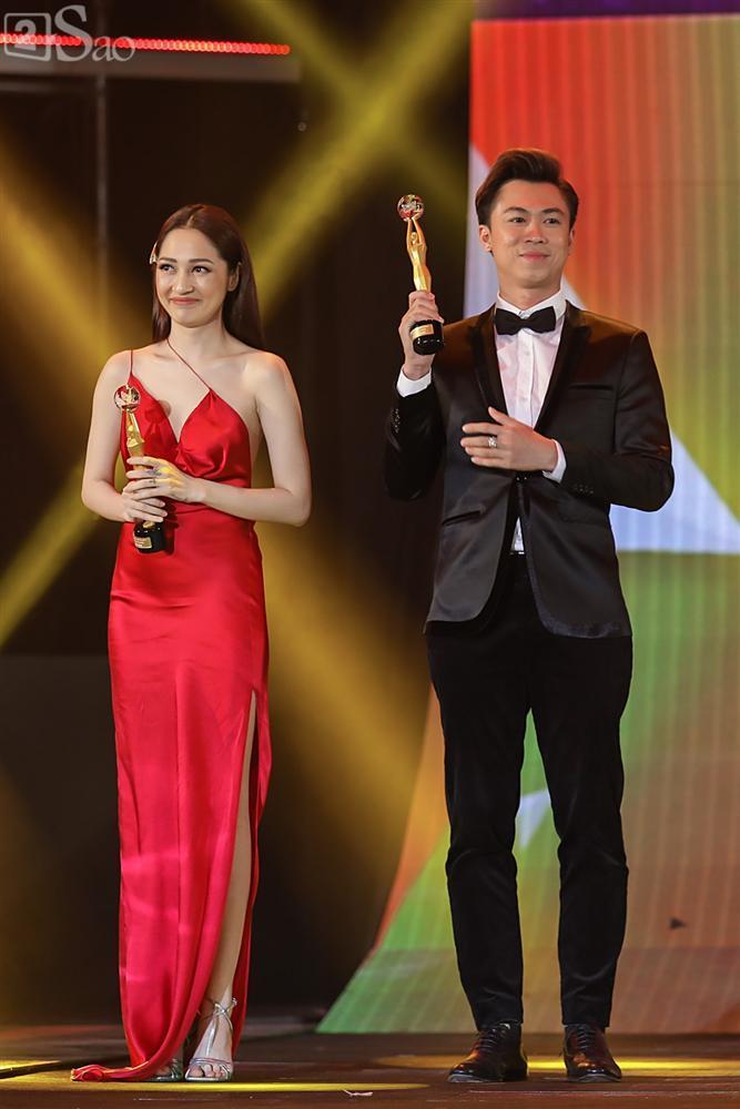Nhóm nhạc đa quốc tịch có thành viên Việt Nam không lép vế khi đứng cùng sân khấu với loạt tên tuổi lớn-8