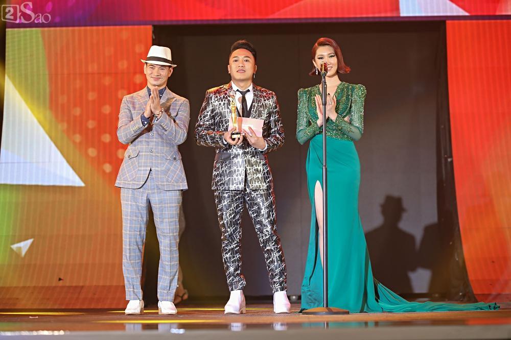 Nhóm nhạc đa quốc tịch có thành viên Việt Nam không lép vế khi đứng cùng sân khấu với loạt tên tuổi lớn-15
