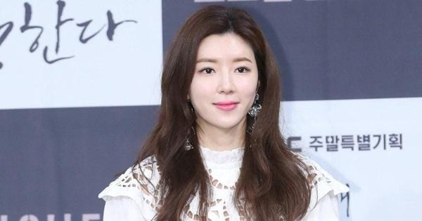 Park Han Byul từ có chồng đểu trên phim đến chồng thực ngoài đời là trùm cuối group chat Seungri-5