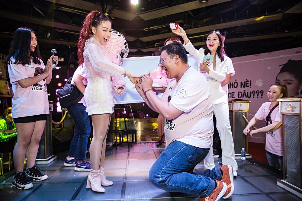 Khả Như biến fanmeeting của mình thành mini liveshow Mỹ Tâm-9