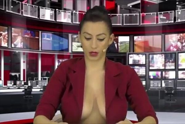 MC truyền hình từ mặc gợi cảm đến gần như nude để tôn trọng tin tức, sự thật-5