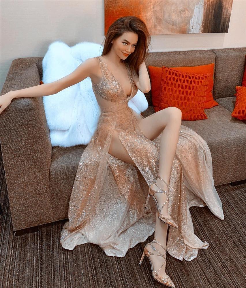 Hồ Ngọc Hà chỉ cần một chiếc váy nude đã đủ áp đảo cả một dàn hoa hậu trên bảng xếp hạng SAO ĐẸP-1