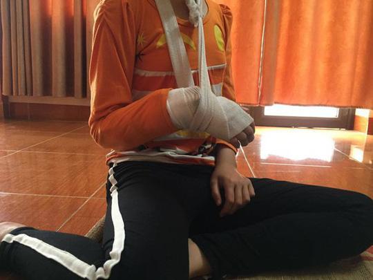 Xâm hại bé gái 9 tuổi đến rạn xương tay: Cho tại ngoại do phạm tội ít nghiêm trọng-1