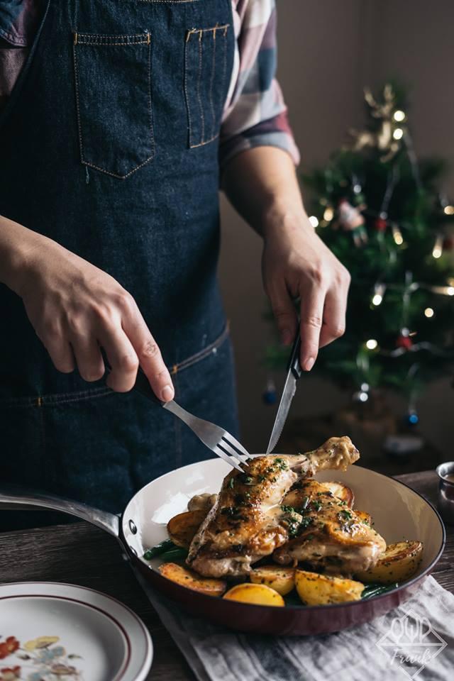 Tuyệt chiêu siêu đơn giản cho món đùi gà đút lò đậm đà, thơm lừng khắp ngõ-2