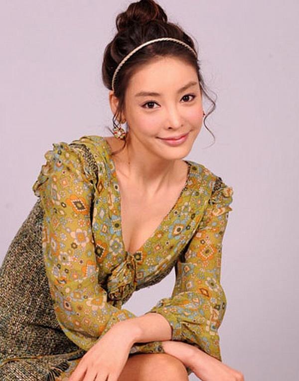 Nàng cỏ Goo Hye Sun đăng ảnh tưởng nhớ nữ diễn viên Vườn sao băng tử tự vì bị ép làm nô lệ tình dục-2