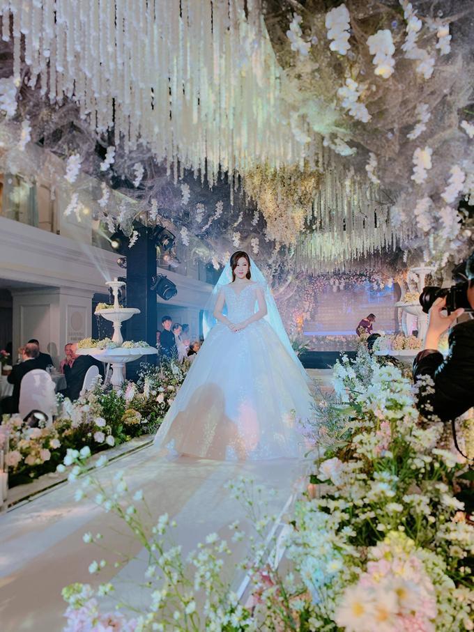 Có đám cưới khủng chưa là gì, nàng tiểu thư đình đám của hội con nhà giàu Việt vừa khoe clip chụp ảnh cưới cực lãng mạn-1