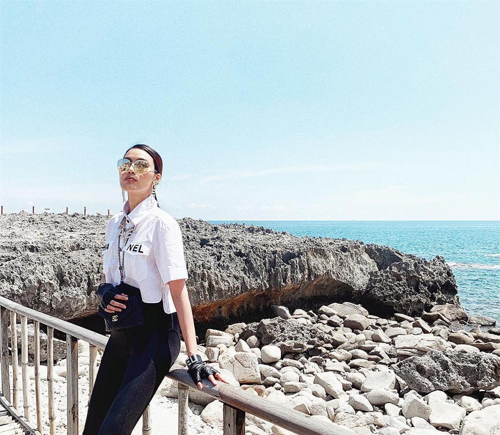 3 thế hệ mặc chung một mẫu áo: Phượng Chanel khác nào bà thím trong khi Lan Khuê - Jennie Black Pink thực sự đẹp-5