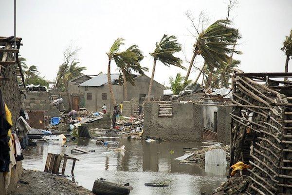 Thảm họa khủng khiếp, hơn nghìn người có thể đã chết-2