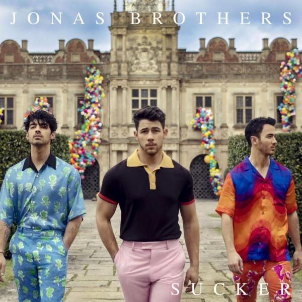 Thánh nữ cover J.Fla sắm vai hậu duệ của Jonas Brothers, tung bản cover Sucker cực nuột-1