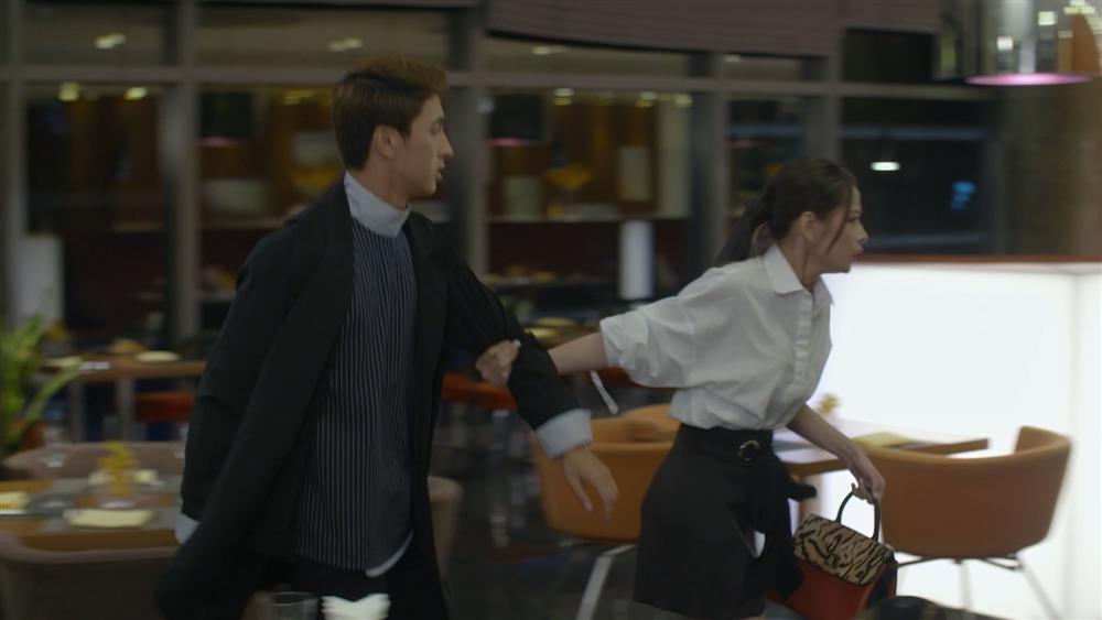 Chi Pu thót tim vì bị mẹ kế bắt gặp đang hẹn hò với Bình An trong tập 32 Mối Tình Đầu Của Tôi-3