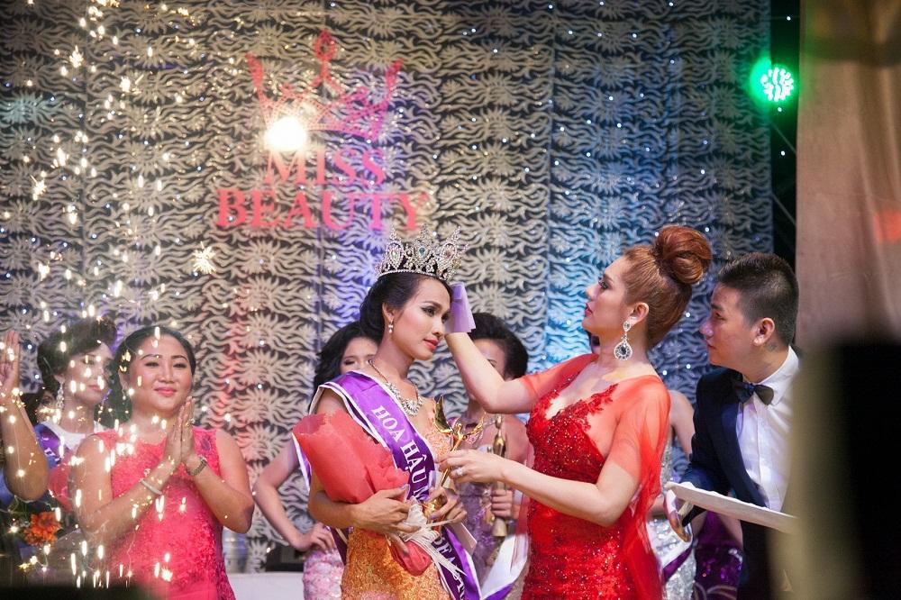 3 Hoa hậu Chuyển giới được công nhận ở Việt Nam: Chưa nhan sắc nào là đối thủ xứng tầm của Hương Giang-1
