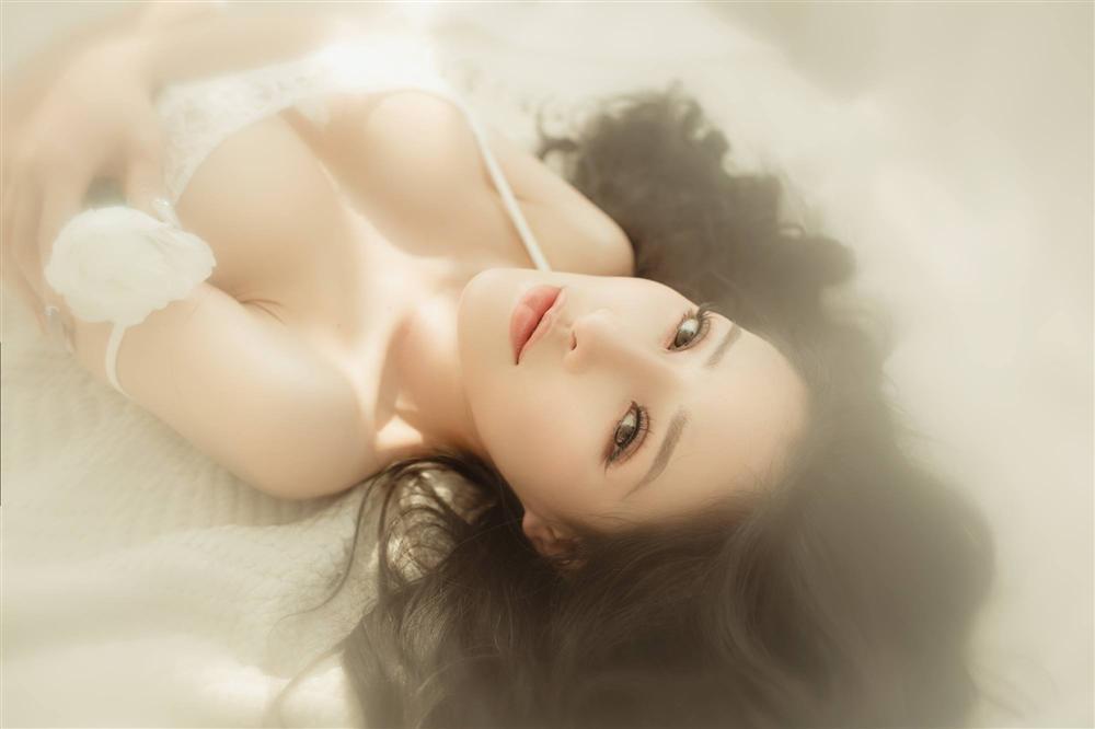 Vừa đại tu nhan sắc cùng Lương Bằng Quang, Ngân 98 khoe ảnh bán nude căng đét nhưng lại khẳng định chẳng yêu đương gì-4