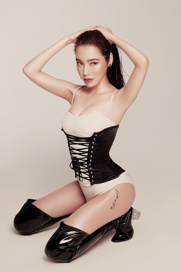 Elly Trần eo 56 cm dù đã là gái hai con-5