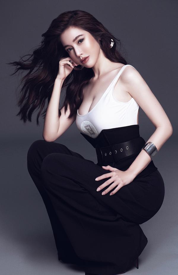 Elly Trần eo 56 cm dù đã là gái hai con-8