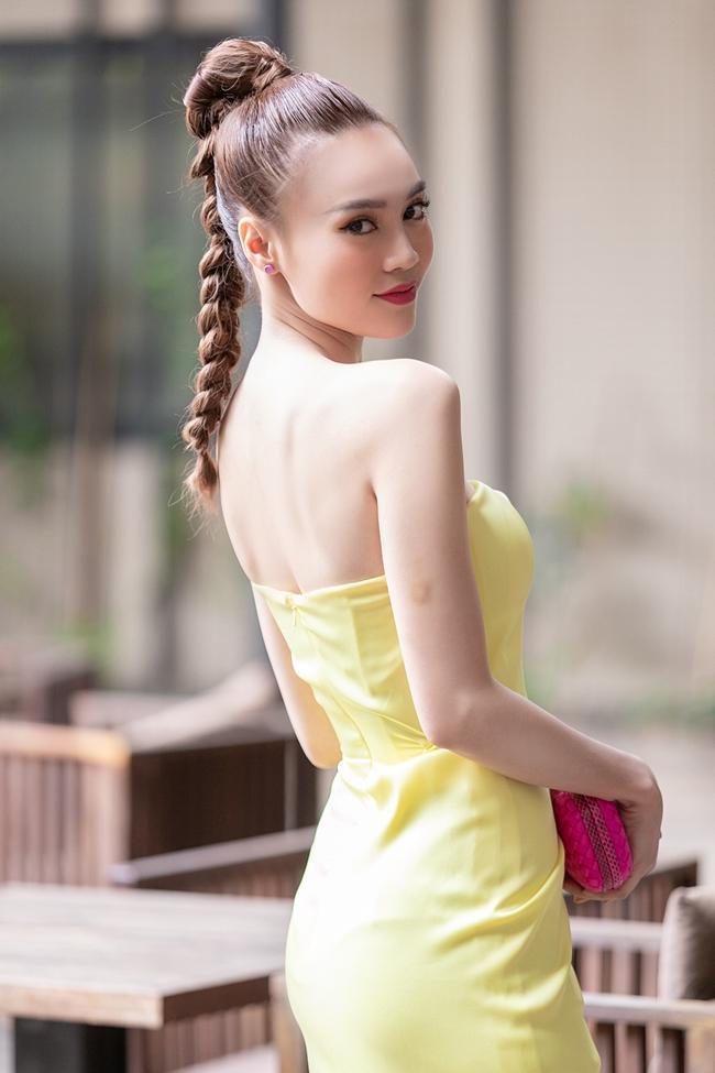 Ninh Dương Lan Ngọc bất ngờ bị Trấn Thành phanh phui: Cô ấy rất thoải mái thay đồ trước mặt đàn ông-5