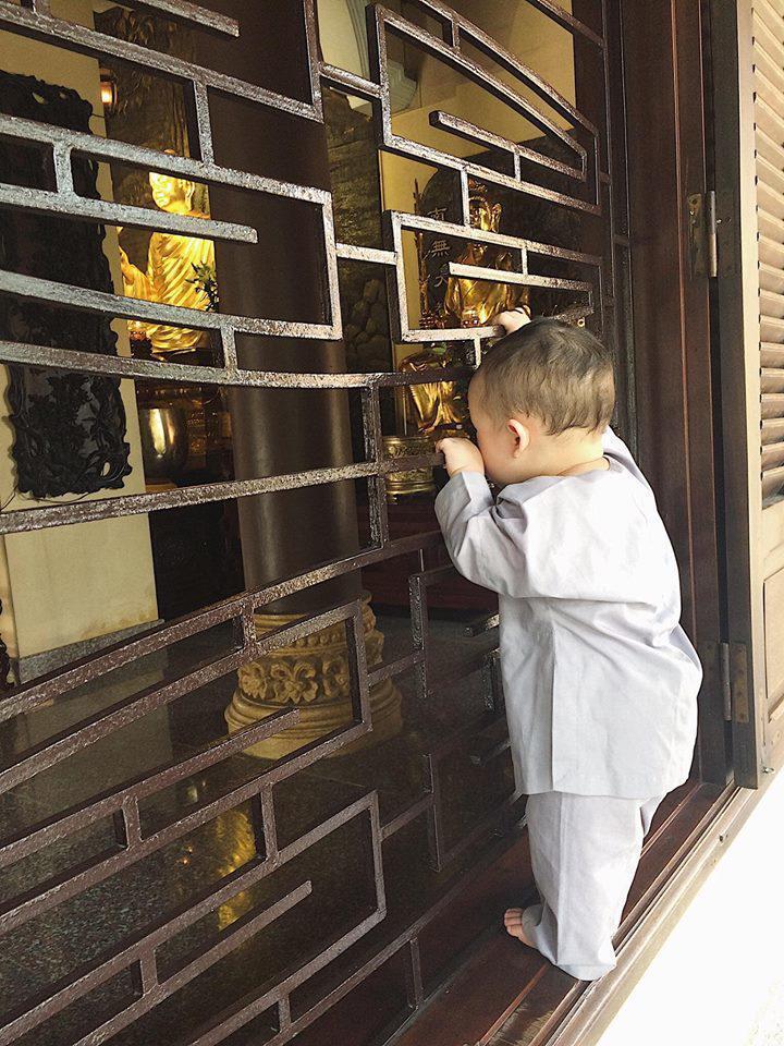 Mới tròn 3 tuổi nhưng có ai ngờ con trai Ly Kute đã cao lớn phổng phao còn đáng yêu không tưởng-4