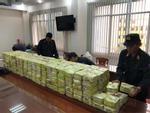 Cảnh sát vây bắt băng nhóm cùng xe bán tải đầy ắp ma túy trong căn biệt thự ở Sài Gòn