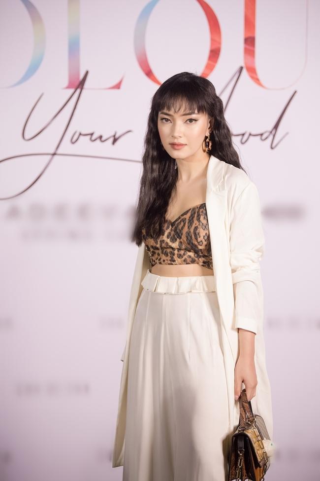 Trương Hồ Phương Nga tái xuất showbiz sau thời gian tại ngoại nhưng bị chê vì gu thời trang cổ lỗ sĩ-4