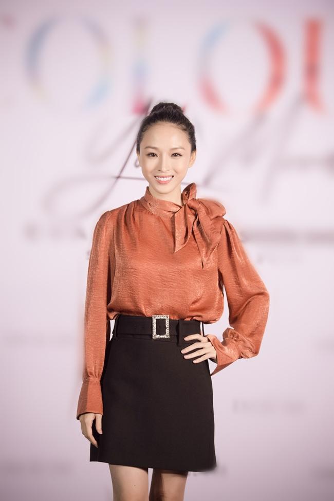 Trương Hồ Phương Nga tái xuất showbiz sau thời gian tại ngoại nhưng bị chê vì gu thời trang cổ lỗ sĩ-3