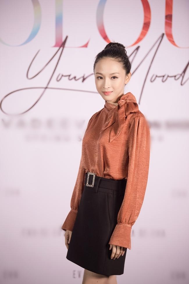 Trương Hồ Phương Nga tái xuất showbiz sau thời gian tại ngoại nhưng bị chê vì gu thời trang cổ lỗ sĩ-10