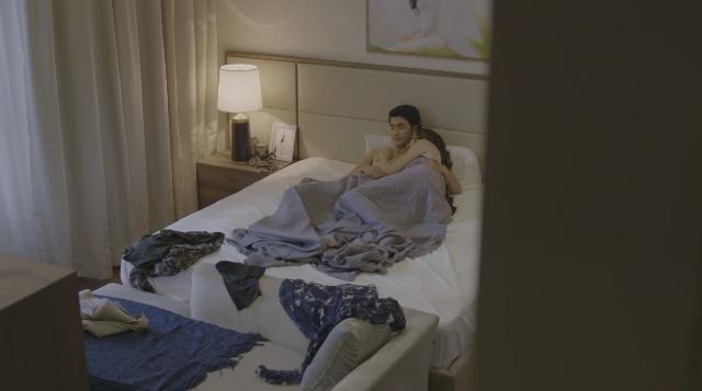 Bình An được nữ đại gia già khen mãnh liệt trên giường-2