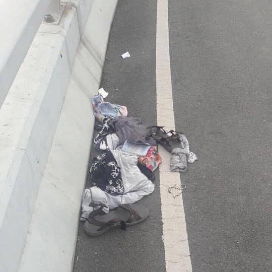 Cô gái nước ngoài rơi từ cầu vượt sân bay Nội Bài xuống đất trong tình trạng hoàn toàn khỏa thân-4