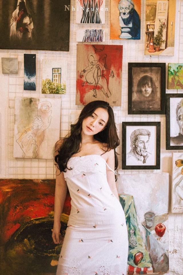Nữ diễn viên Quỳnh Búp Bê khiến người xem hoang mang khi đăng clip bị một fan nam rượt đuổi vì quá hâm mộ-1