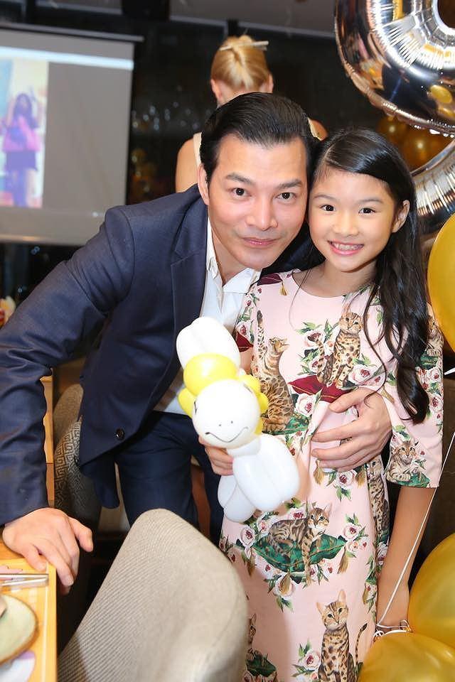 Không chỉ xinh xắn, con gái 11 tuổi của Trương Ngọc Ánh còn gây bất ngờ với khả năng nói tiếng Anh như gió-2