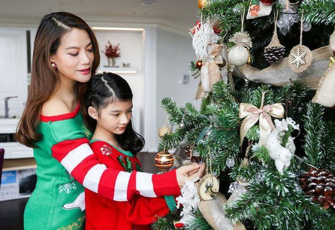 Không chỉ xinh xắn, con gái 11 tuổi của Trương Ngọc Ánh còn gây bất ngờ với khả năng nói tiếng Anh như gió-8