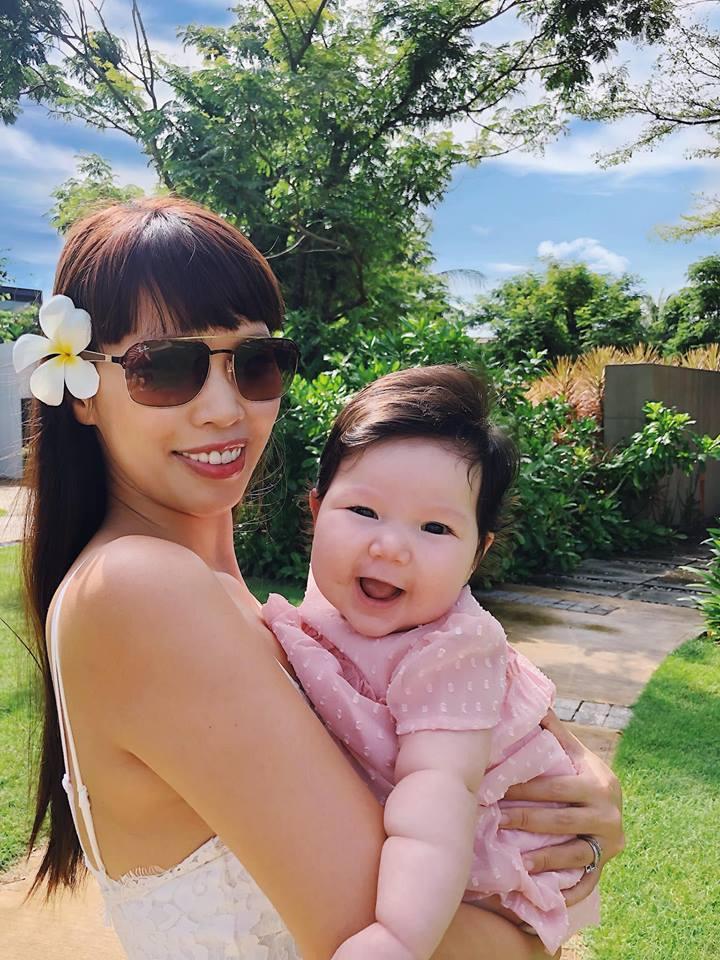 Ái nữ lai nhà siêu mẫu Hà Anh khiến dân mạng thích mê với loạt biểu cảm cưng muốn xỉu-6
