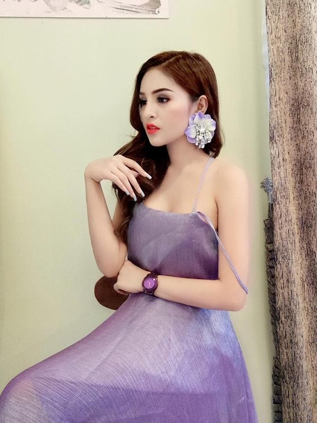 Diễn viên Campuchia đổi đời thành đại gia sau 2 năm bị cấm diễn vì mặc hở-19