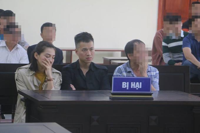 Bị con trai giành mất vợ, ông xã Lưu Đê Li bất lực vừa đánh vừa mắng quý tử: Vô duyên, kỳ đà cản mũi-5