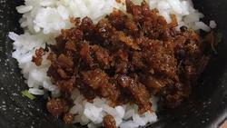 Cách làm thịt chưng mắm tép cực đơn giản, siêu tốn cơm