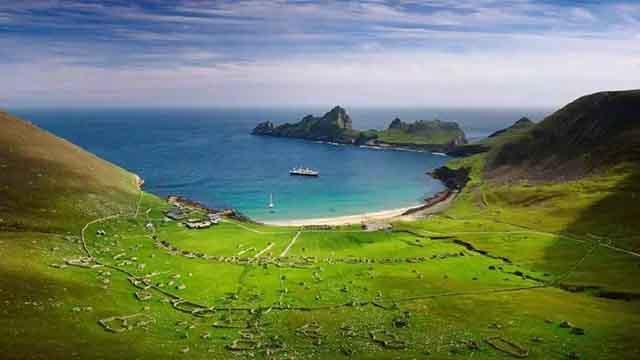 Bạn có muốn dành cả thanh xuân sống trên hòn đảo này để nhận lương lên tới 4 tỷ/năm?-1