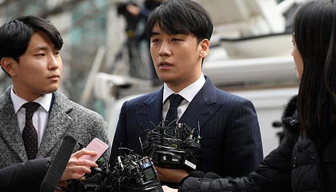 Hệ lụy lệch lạc tình dục của nền giải trí Hàn Quốc-3
