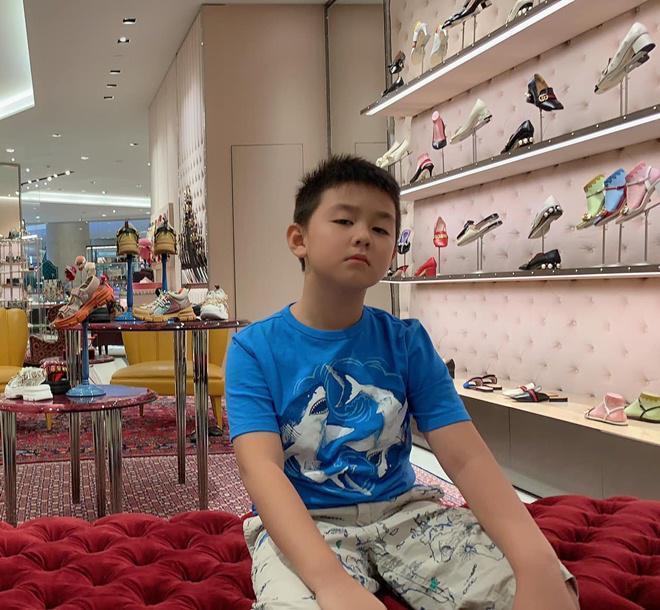Mới 7 tuổi thôi nhưng con trai nữ diễn viên Gạo nếp gạo tẻ khiến nhiều người bất ngờ với ngoại hình đúng chuẩn trai Hàn-5