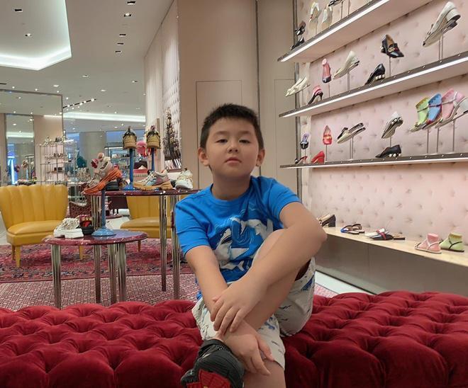 Mới 7 tuổi thôi nhưng con trai nữ diễn viên Gạo nếp gạo tẻ khiến nhiều người bất ngờ với ngoại hình đúng chuẩn trai Hàn-6