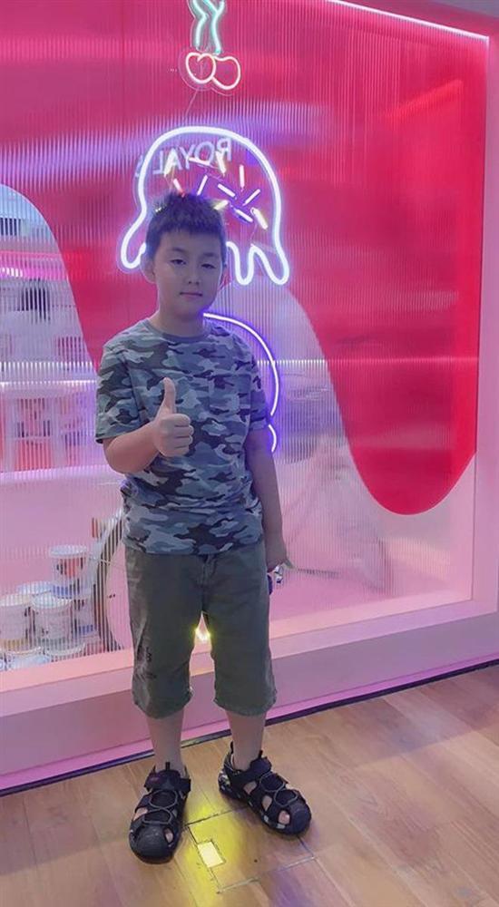 Mới 7 tuổi thôi nhưng con trai nữ diễn viên Gạo nếp gạo tẻ khiến nhiều người bất ngờ với ngoại hình đúng chuẩn trai Hàn-9