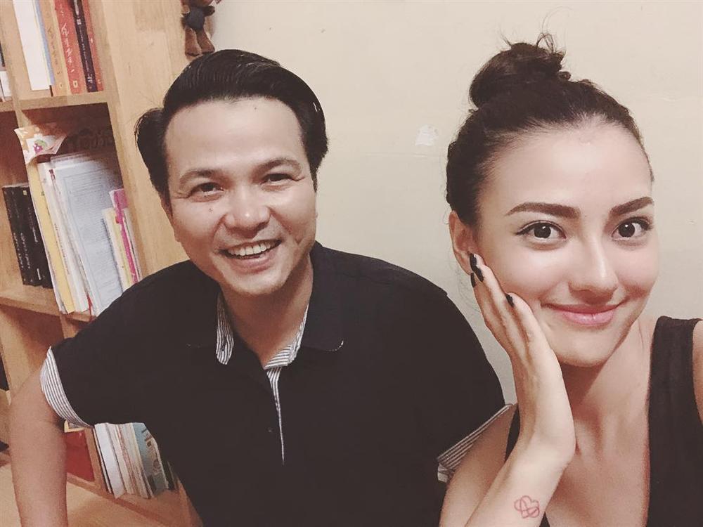 Hoa hậu Phạm Hương khoe khoảnh khắc tắm bồn sexy đến nghẹt thở-7