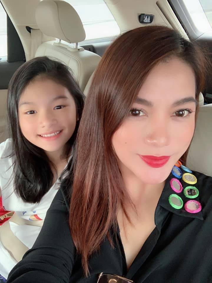 Hoa hậu Phạm Hương khoe khoảnh khắc tắm bồn sexy đến nghẹt thở-10