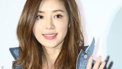 Vướng vào bê bối của chồng và Seungri, Park Han Byul bị cảnh sát triệu tập để thẩm vấn