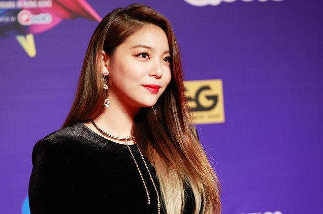 Vướng vào bê bối của chồng và Seungri, Park Han Byul bị cảnh sát triệu tập để thẩm vấn-6