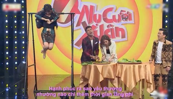 Hari Won vừa đu xà vừa hát khiến Trường Giang mắt tròn mắt dẹt vì hoảng, còn khán giả cười muốn vỡ trường quay-2