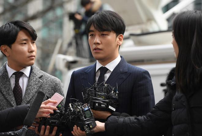 Seungri: Tôi đã cố ngăn Jung Joon Young quay lén video tình dục-1