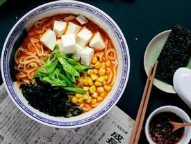 Học nấu mì ramen miso thuần chay thanh lọc cơ thể