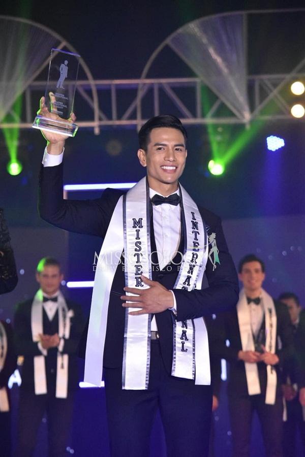 Câu lạc bộ trai thẳng showbiz chào đón Long Nhật và nam vương Trịnh Bảo với tuyên ngôn giới tính không thể gắt hơn-3
