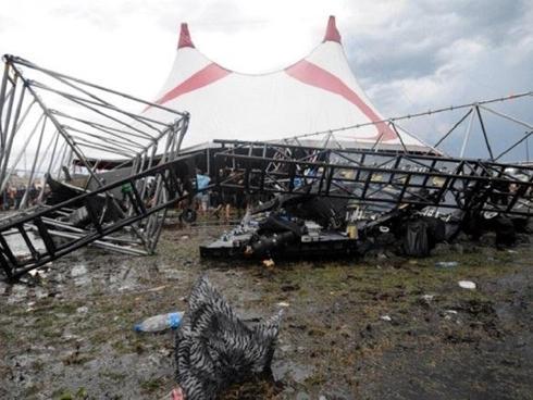 Những thảm họa gây ám ảnh nhất lịch sử âm nhạc, hàng trăm fan bỏ mạng