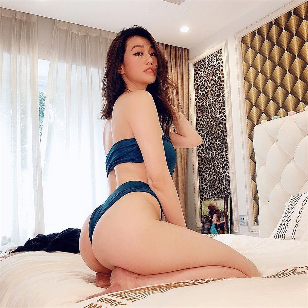 Mặc bikini uốn éo chốn phòng the, người đẹp từ chối Trường Giang bất ngờ bị nhắc nhở vì bàn chân quá bẩn-4