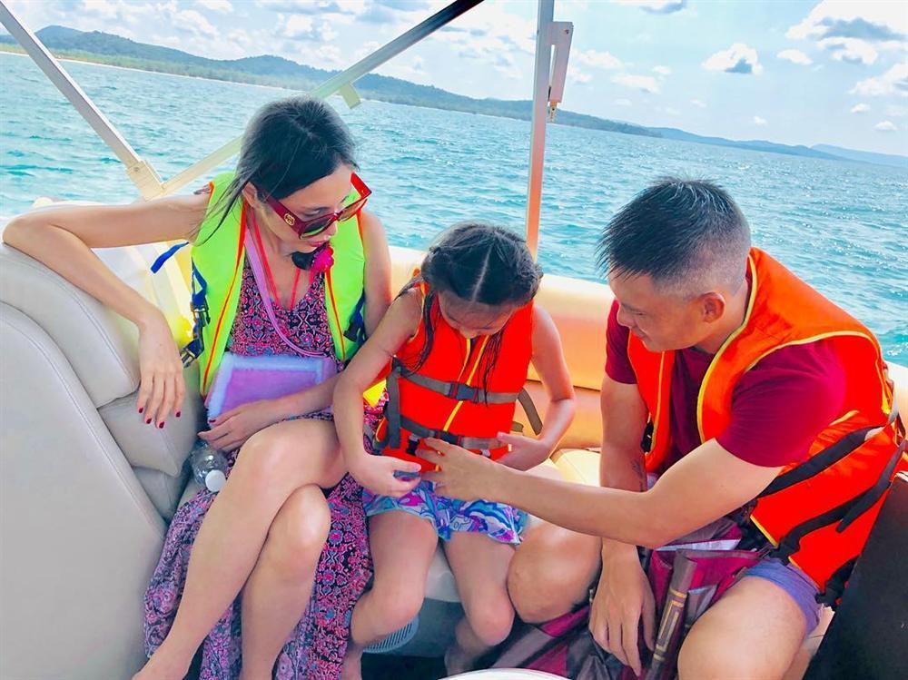 Thấy Bánh Gạo phổng phao như thiếu nữ, fans thi nhau khuyên Thủy Tiên sinh thêm em cho con-1